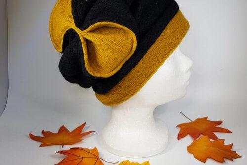 Mütze mit Schleife schwarz-gelb