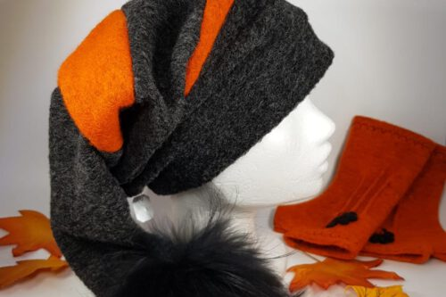 Zipfelmütze dunkelgrau-orange mit Fellbommel