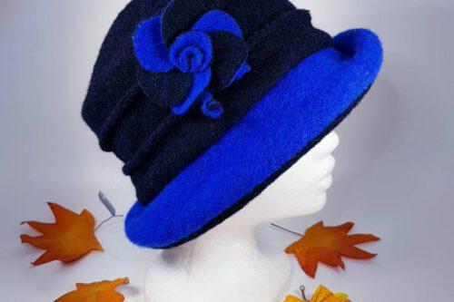 Hut mit Krempe dunkelblau-strahlendblau