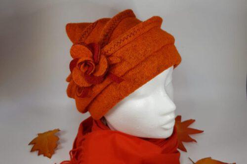 Zipfelmütze kurz orange mit Schal
